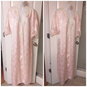 CHRISTIAN DIOR Pink Floral Robe (without belt)